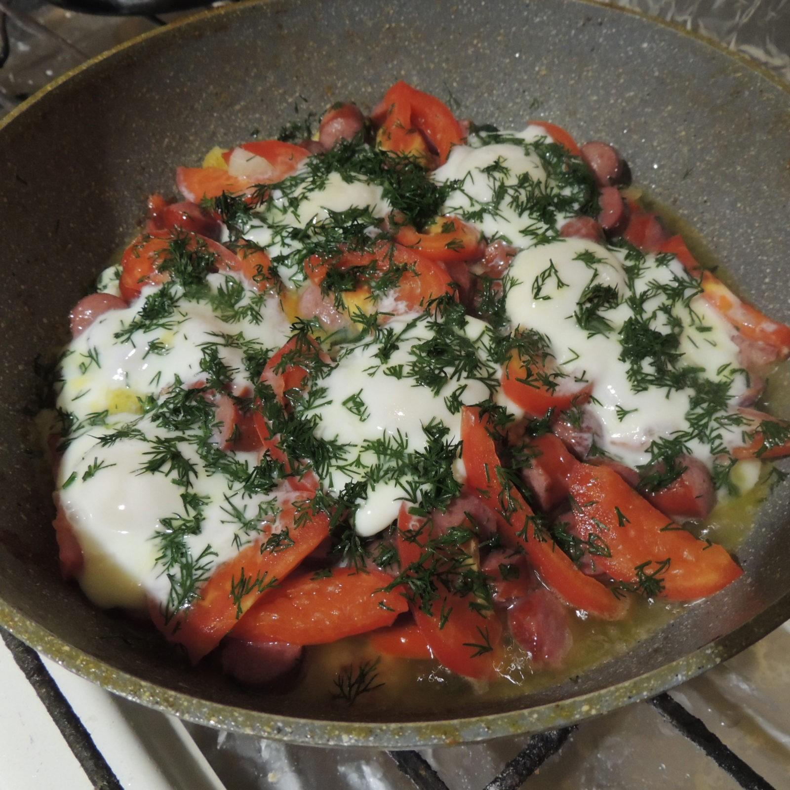 Пошаговый рецепт картофеля со шпинатом и охотничьими сосисками 2
