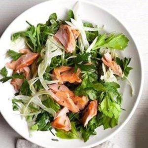 Рецепт салата с лососем и фенхелем