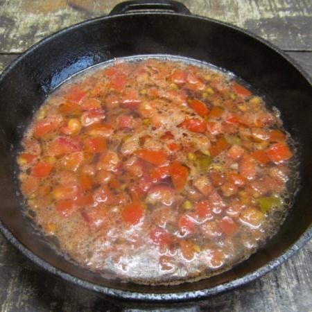 Суп из яйца с помидором за 10 минут-2