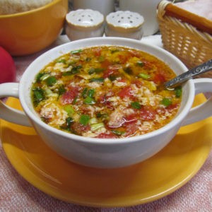 Рецепт супа из яйца с помидором за 10 минут