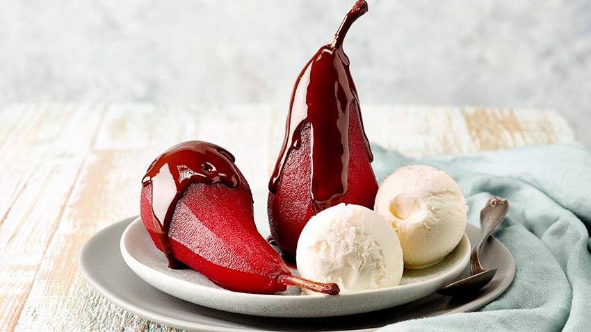 Нежный итальянский десерт «Груша в вине»