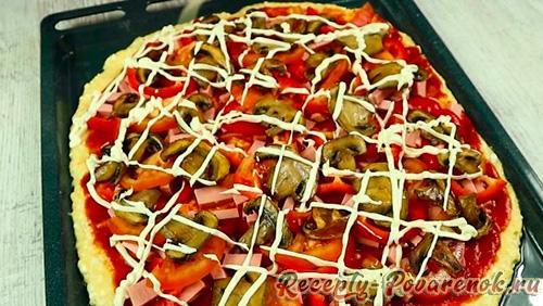Пицца с колбасой по домашнему в духовке - Шаг 11